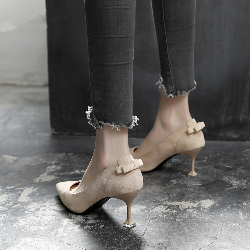 Spring and Autumn 2019 New High-heeled Slim-heeled Single Shoes Korean version Sexy Hundred Taps, Shallow Mouth Cat-heel Fashion Medium-heeled Women's Shoes