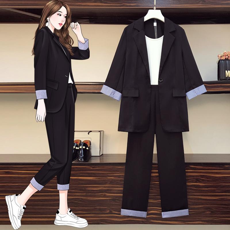 Costume de viande mince de soeur grasse 2021 début de printemps nouveau grand nombre de femmes portent l'âge-réduisant la veste de costume de tempérament deux-pièces ensemble