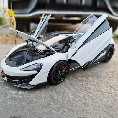 LCD 1:18 McLaren 600LT White Car Model Collection