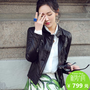 The spring and autumn new leather female motorcycle short leather jacket small sheep leather slim collar coat.
