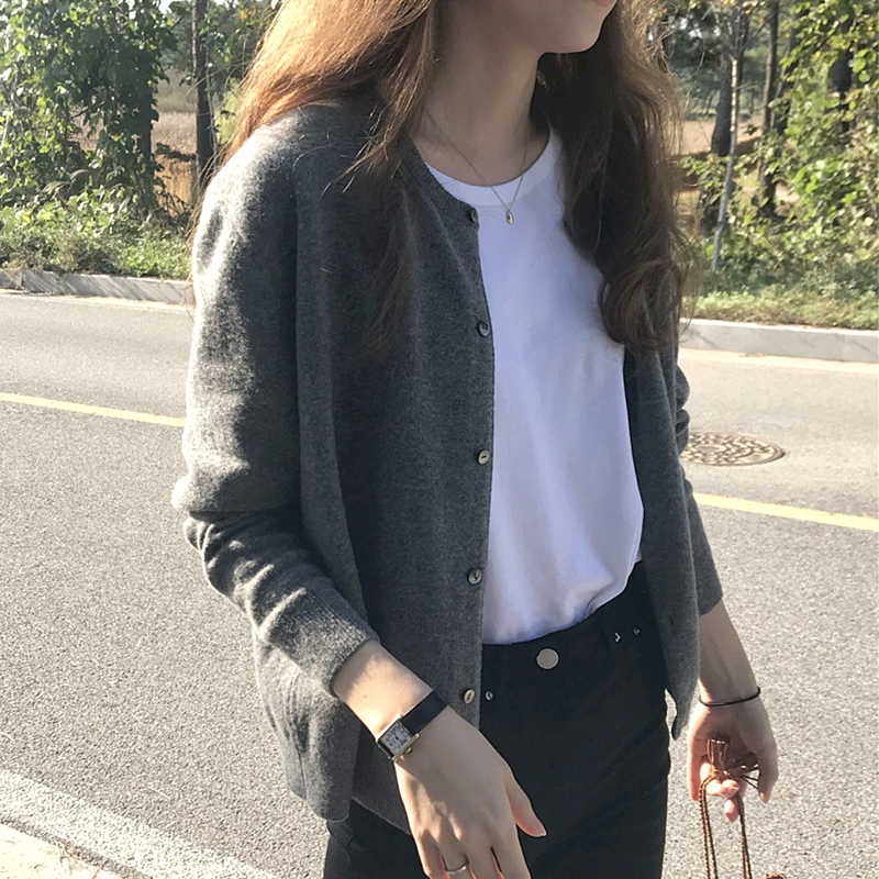 Knitwear spring cardigan spring 2021 new womens black spring blouse spring and autumn thin sweater coat