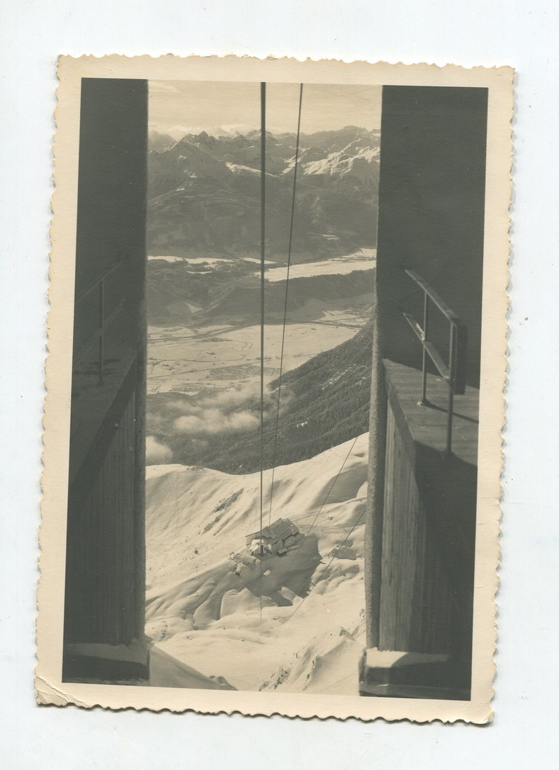 1955 Austria sends black and white old postcards innsbruck cable car ropeway stamps fall off