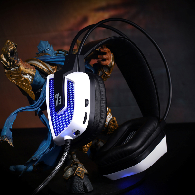 Electronic sound T8 comes with 7.1 channel sound card professional vibration gaming headset luminous headset LOL eat chicken special