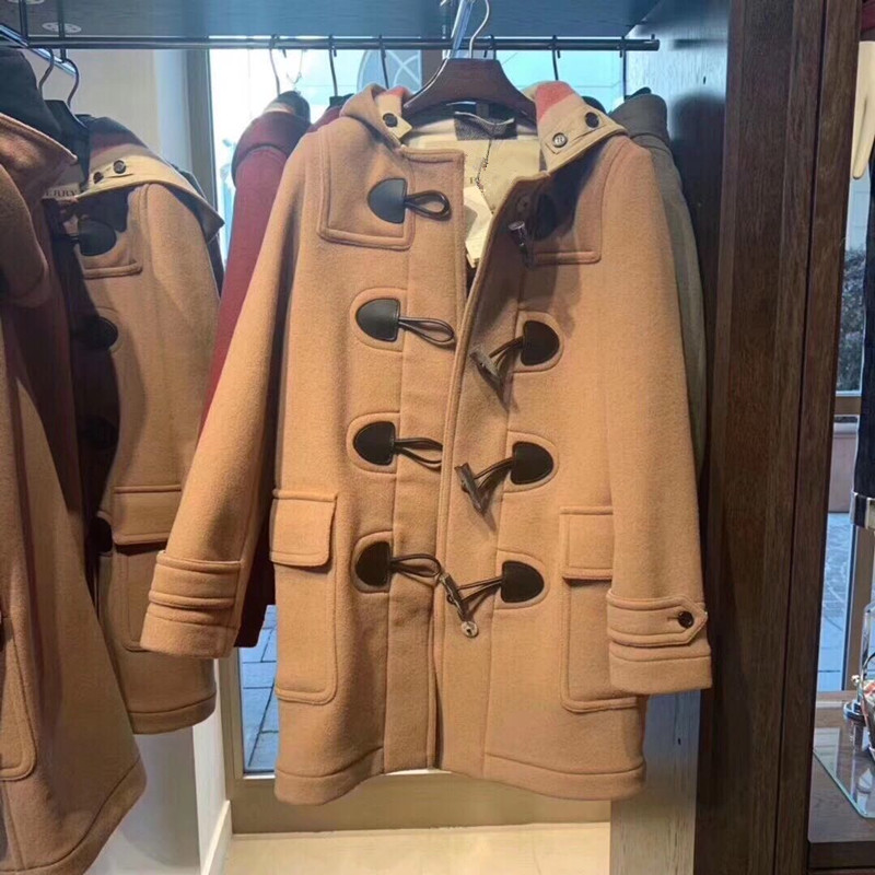 Discount Village Autumn Winter 2020 new womens classic horn buckle hooded straight wool wool coat coat girl