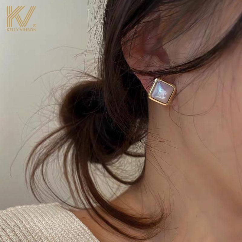 Vintage high-class atmospheric earrings femininity simple cold wind pearl earrings pure silver earrings 2021 new trend