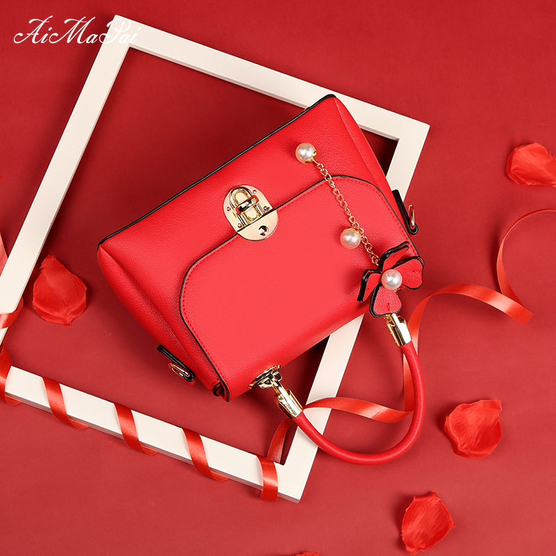 Bridal bag female 2018 new married red wedding bag hand shoulder shoulder atmosphere wedding bridesmaid bag fashion tide