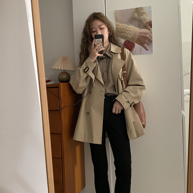 Early spring and autumn 2021 new windbreaker coat womens coat short small British style temperament this year popular