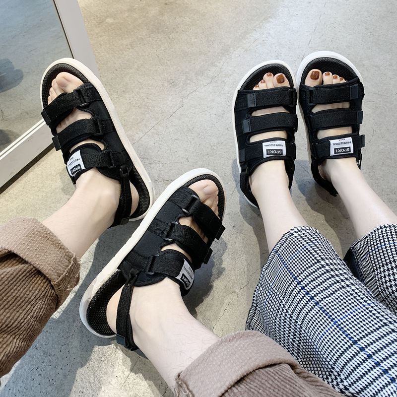 Men's sandals summer slippers men's fashion beach dual-purpose couple wear the word 2020 new Vietnamese sandals