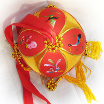 Fine 12cm pure handmade silk ball handicraft beat the drum to pass the flower activity to throw the toy to go abroad gift Zhuang nationality
