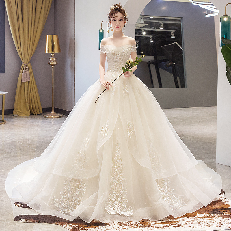 Main wedding dress 2020 new bride spring tailing luxury one shoulder French light forest super fairy dream simple