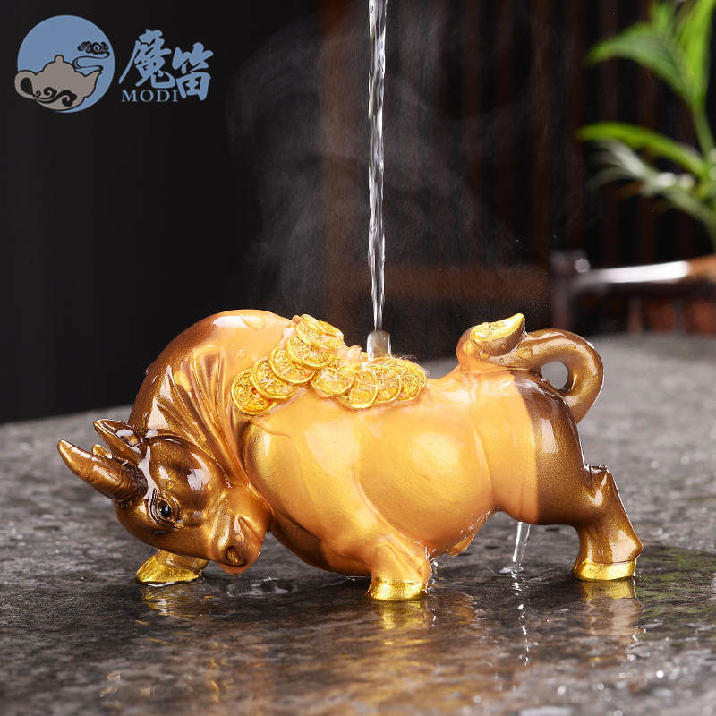 Boutique color-changing tea favorite set piece buffalo gold to attract money貔貅 table tea accessories set up pets can be kins