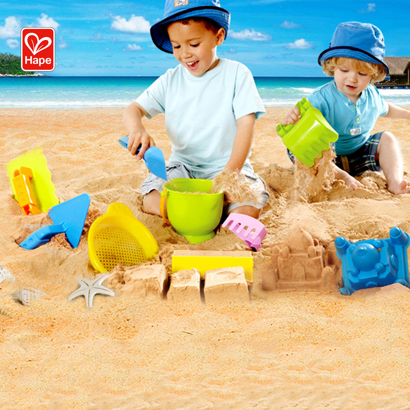 Hape Children's Beach Toy Set 1-2-6 Years Old Babies Big Boys and Girls Bucket Shovel Playing Hourglass Combination