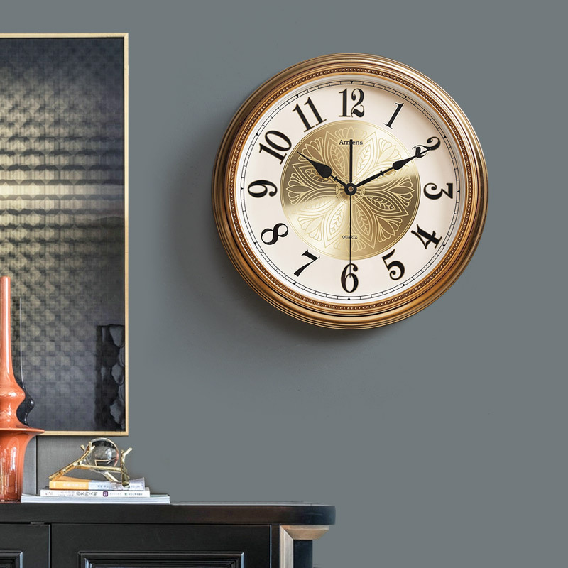 American simple clock wall clock living room gold Nordic luxury metal clock wall hanging European creative household wall Watch