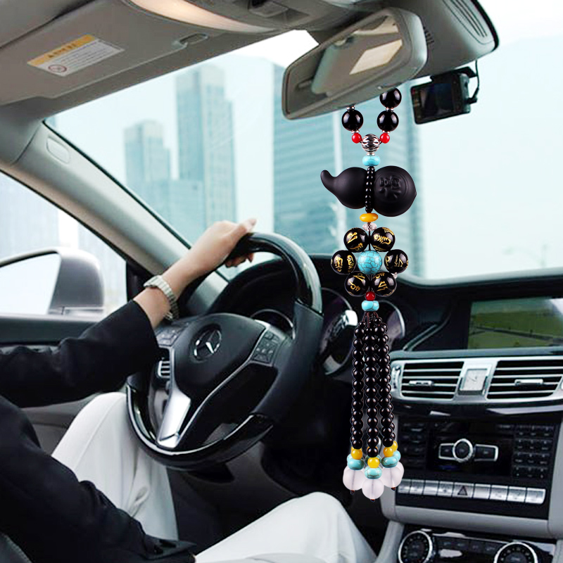 Car pendant hoist car interior ornaments for men and women to keep the safety pendant pendant ornaments high-end car rearview mirror hanging jewelry