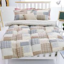 Global share of South Koreas purchase of childrens bedding simple Plaid boy students in single and double the winter quilt three piece set