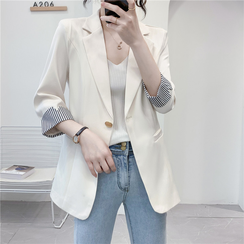 Thin small blazer female summer small man spring and autumn 2021 new temperament wild three-point sleeve French small suit