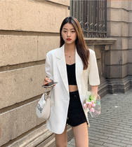Korean white short-sleeved blazer womens thin 2021 summer new Korean version loose five-point casual small suit