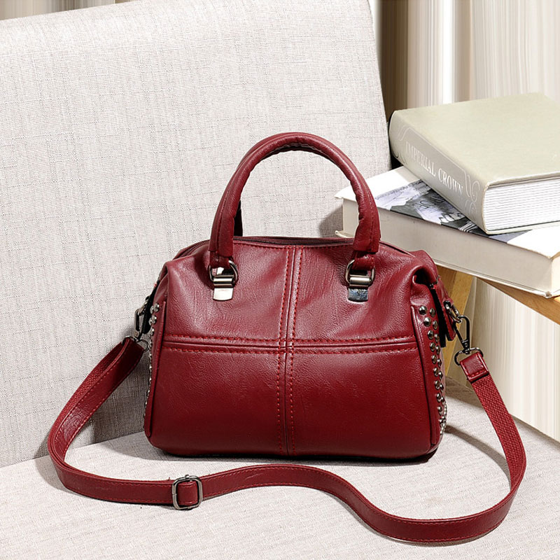 New women's bag 2018 new mother bag fashion wild middle-aged autumn and winter big bag Messenger bag soft PU leather