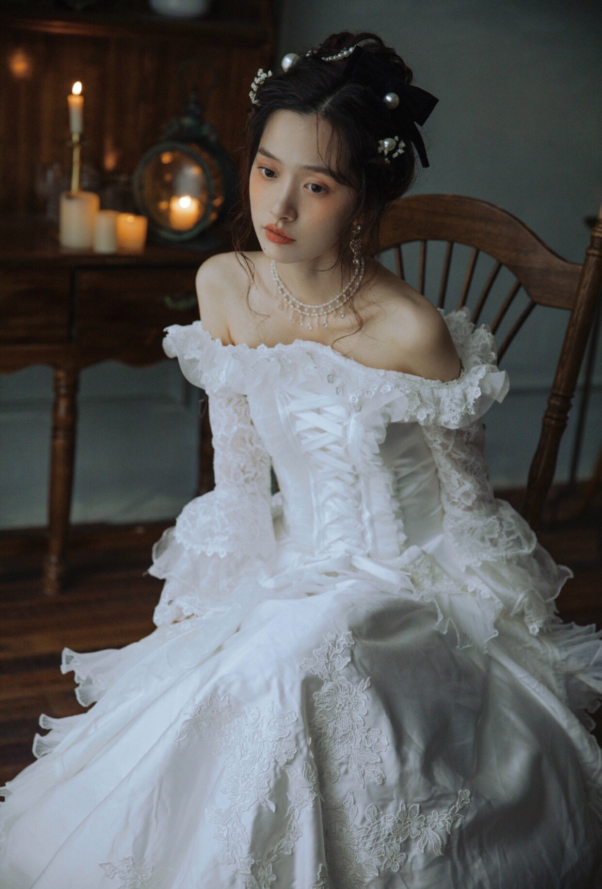 Qingyu antique wedding dress engraved with vintage French court wedding dress with shoulder lace embroidered long sleeves