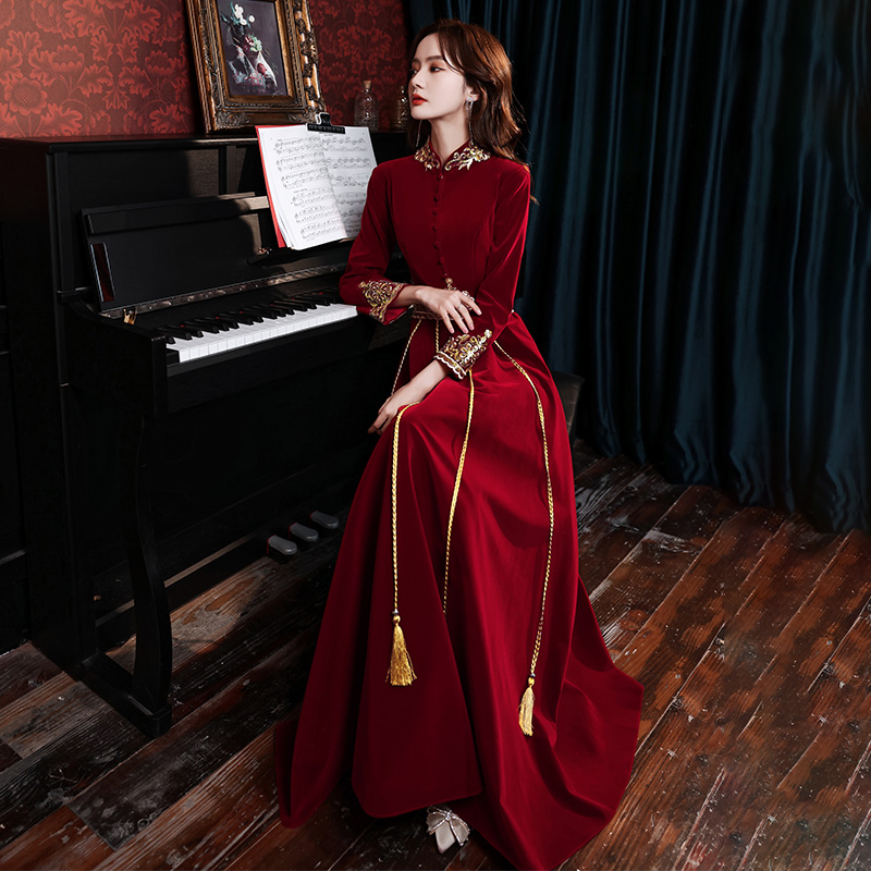 Toast bride 2020 new winter velvet Chinese cheongsam wedding evening dress womens show clothes can usually wear