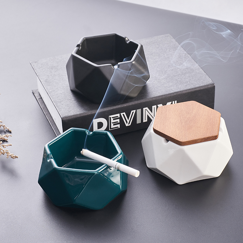 Nordic ceramic ashtray creative living room ins personality trend office with lid ashtray windproof