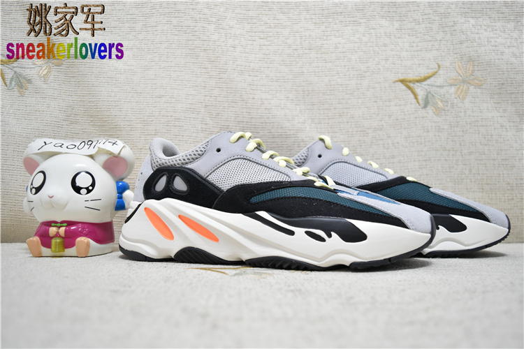 姚家军 Adidas Yeezy Boost 700 Wave Runner 侃爷椰子跑鞋B75571