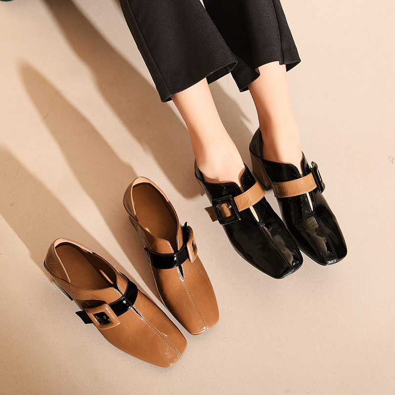2018 spring and autumn new European and American leather thick with single shoes female head deep mouth high-heeled patent leather shoes fashion wild
