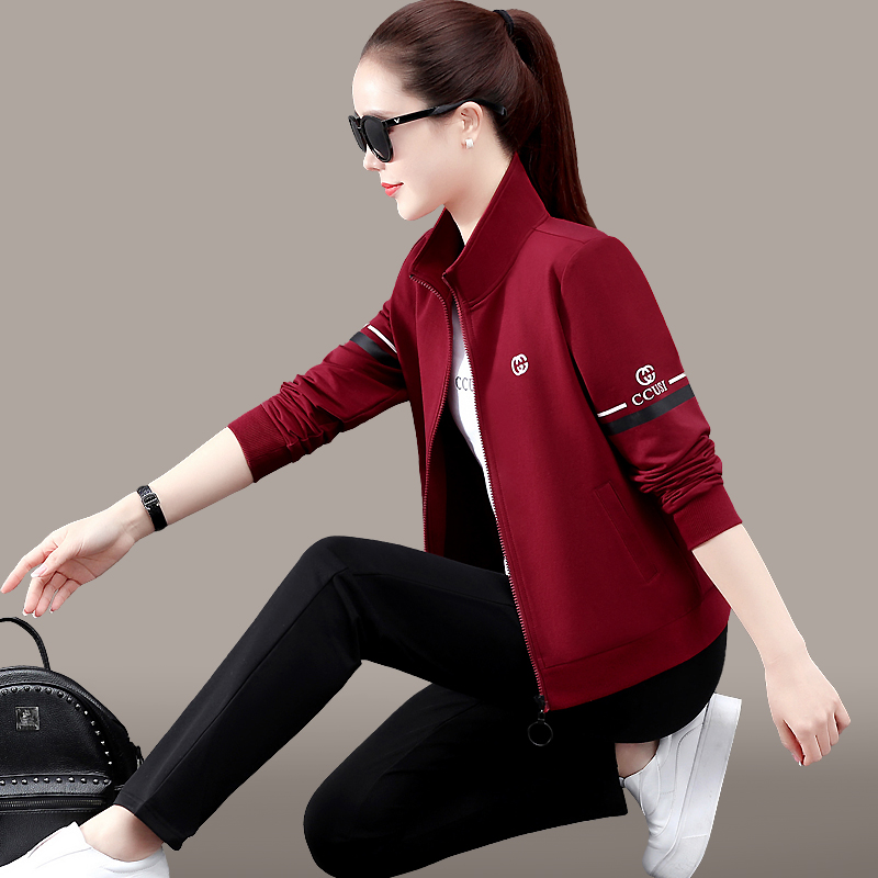 Sports suit womens spring and autumn 2021 new Korean version of the trendy loose running casual wear yang pie three-piece set