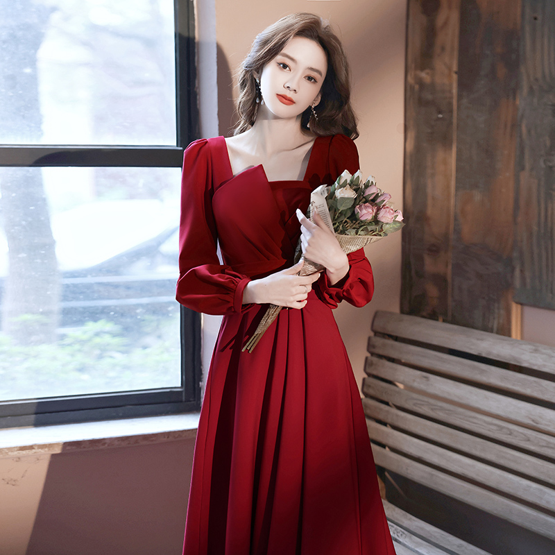 Toast dress Brides wine red summer spring and autumn back door engagement dress usually can wear a wedding evening dress