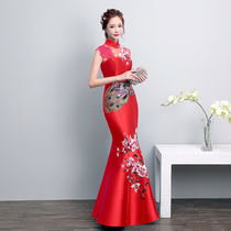 Modified fish tail Retro embroidery red self-cultivation Chinese cheongsam