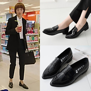 My first half Yuan Quan Tang Jing with small leather shoes with pointed female British style leather shoes with thick black