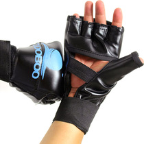 Thin half-finger boxing gloves with finger boxer and finger-pointing fingers adult playing sandbag practice boxer