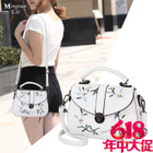 Popular shells ladies flowers embroidered shoulder new ladies bag name Tian Han foreign trade original single counter genuine
